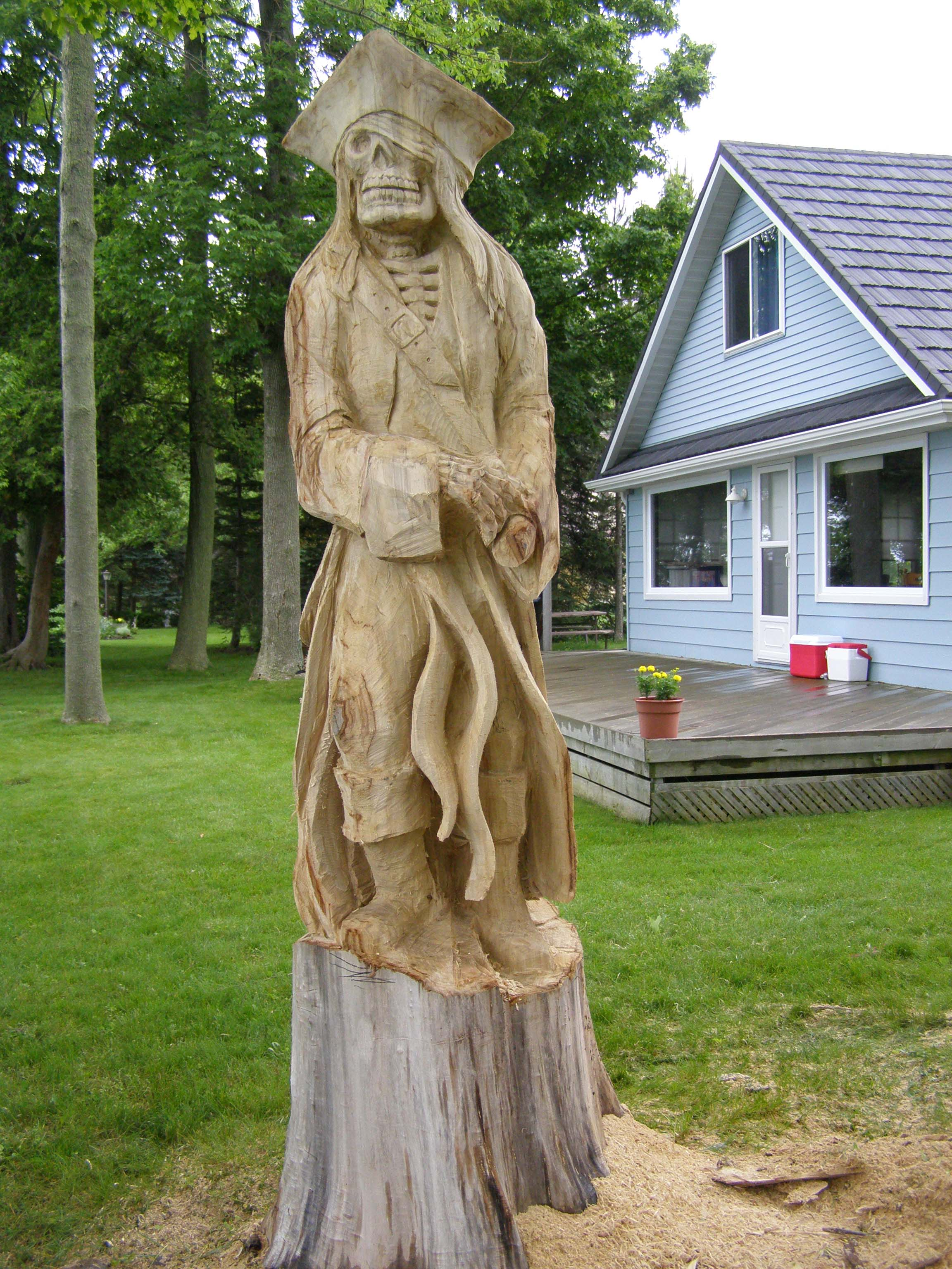 Pirate Carving in Grand Bend, Ontario, Paul Frenette